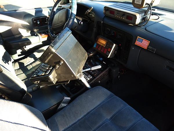 シボレー カプリス 9C1 1995モデル ハイウェイパトロールの払い下げでは無くカプリスポリスパッケージをCHP仕様に製作